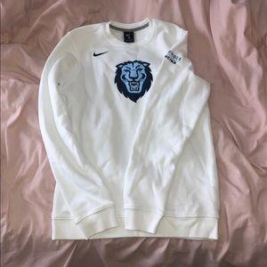 Columbia sweat shirt